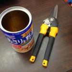 空き缶で作るマルチ穴開け機